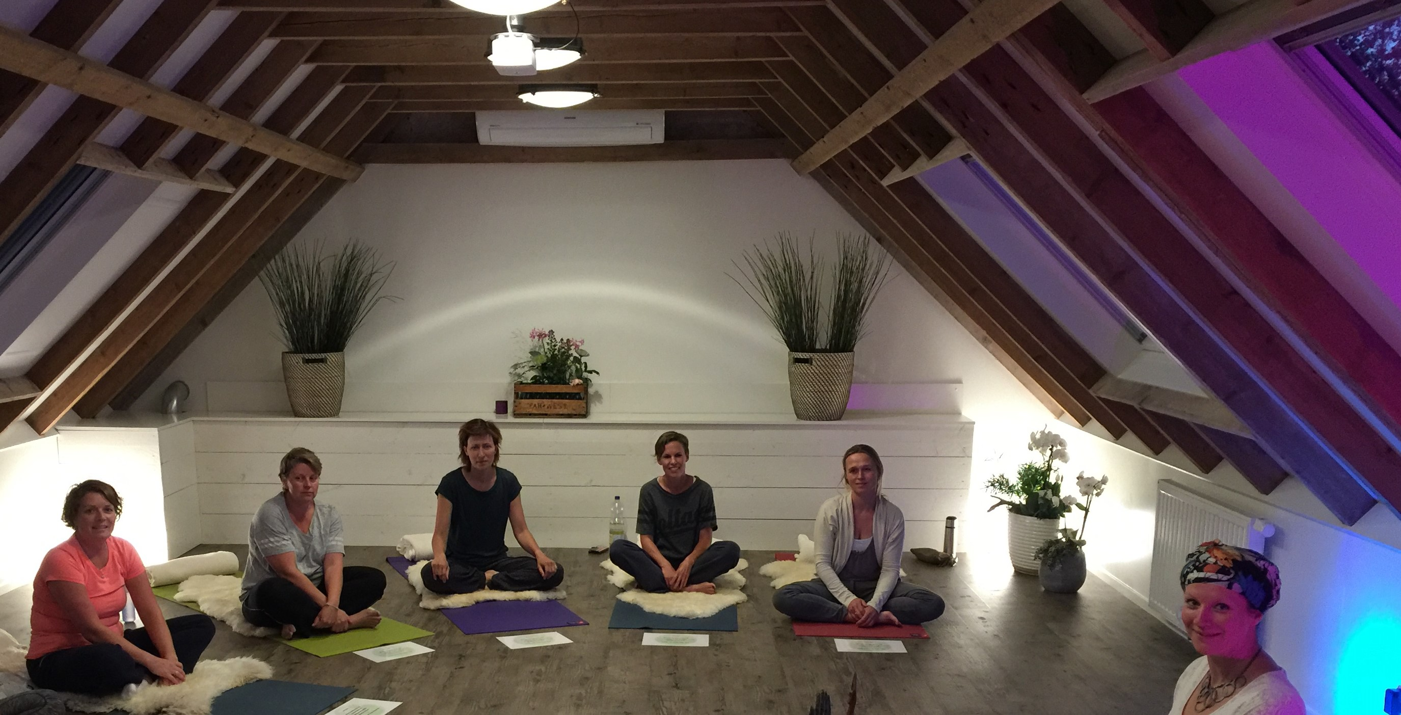 Foto Middenweg Kundalini Yoga - yogales in Zuidwolde